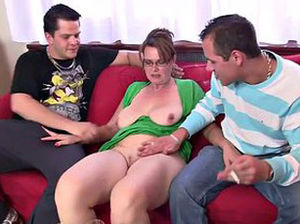 Amatuer mature wife