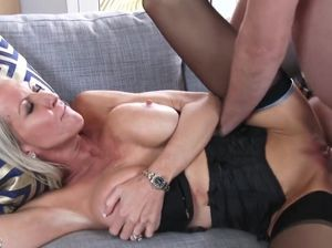 Latina milf hd