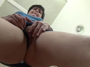Mom virtual pov