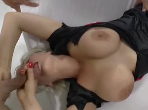 Aleena jonez groupsex