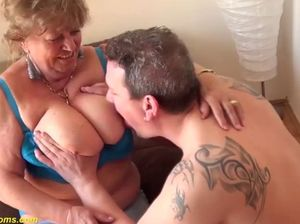 Moms great tits