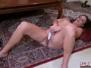 Mature milf seduction