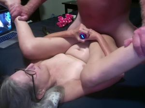 Mature wife fucks